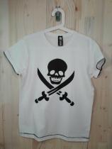 Calavera pirata. 15€. Vinilo textil.